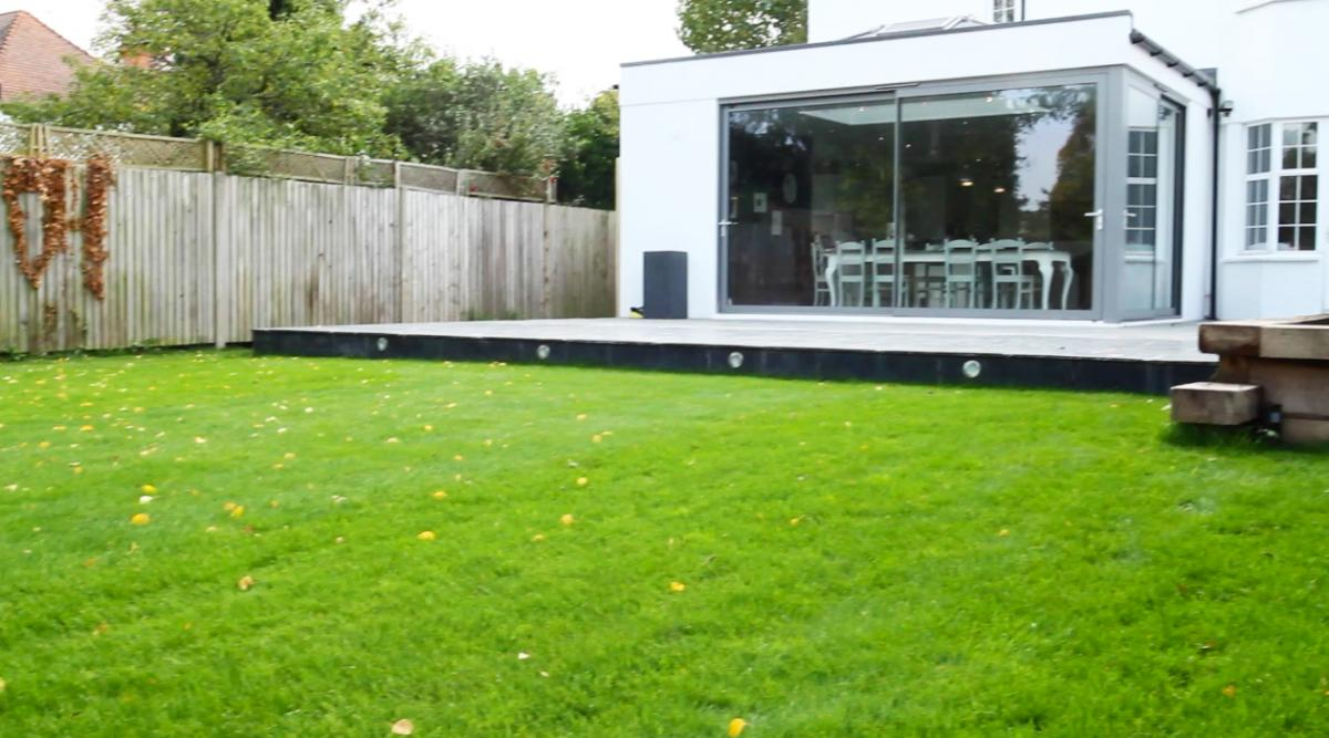 Create the perfect summer lawn by laying lawn turf the professional way