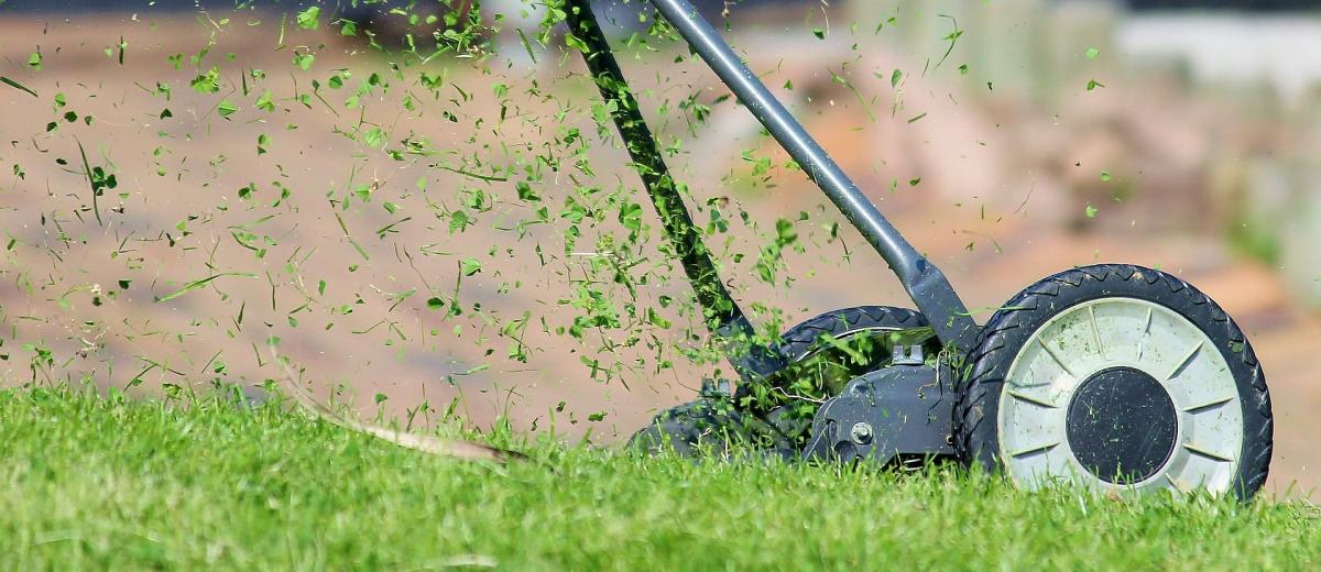 How to Maintain Your Lawn Mower Over Winter