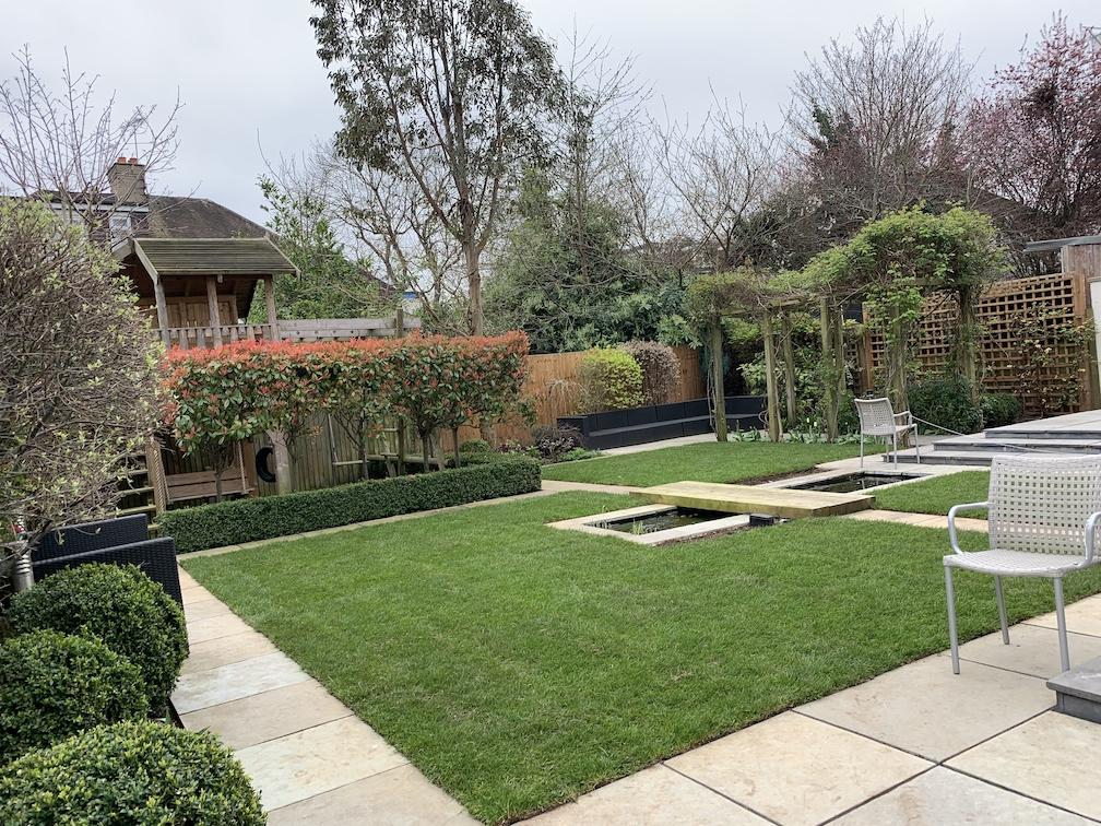 Why Autumn is just as good as Spring to Lay Turf